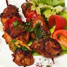Brochetas de res